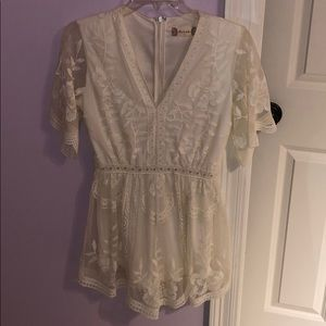White lace romper from altered state